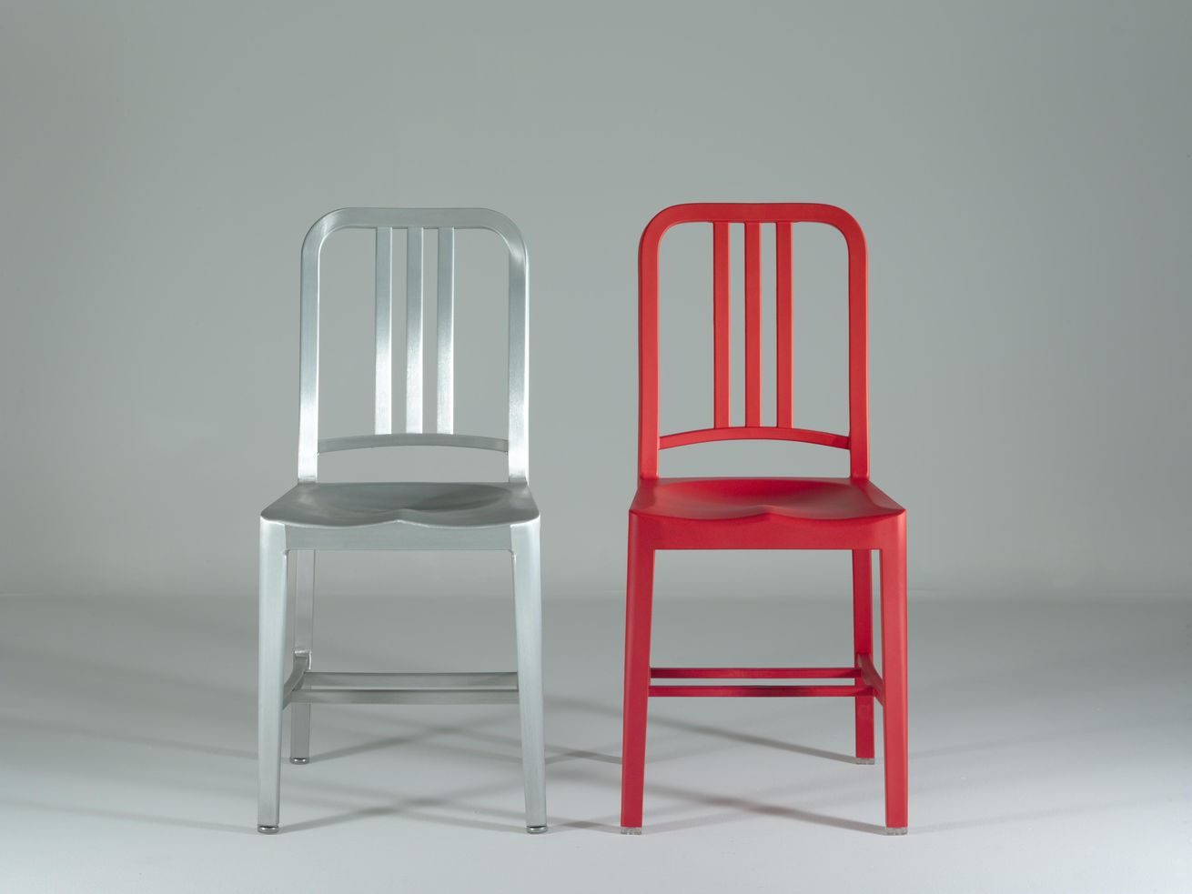 Цельнолитой стул Navy chair